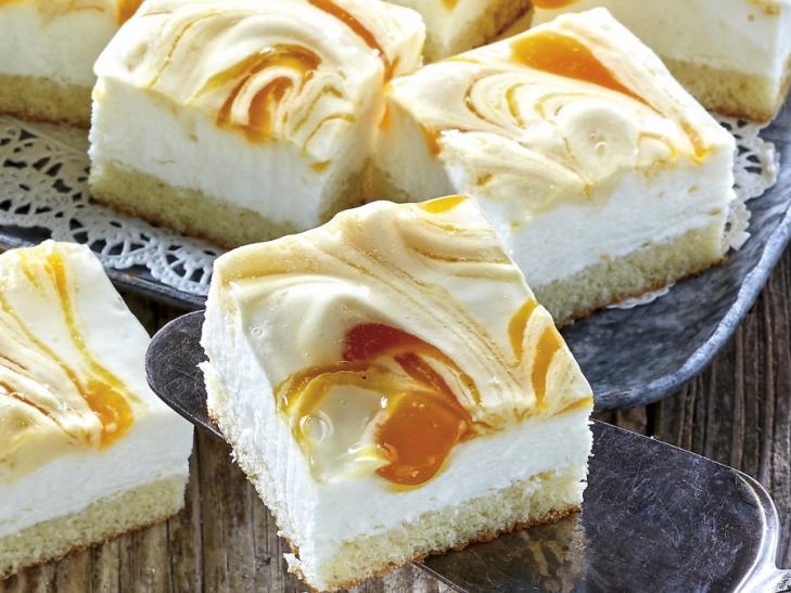 Perzik yoghurt-crème gebakjes