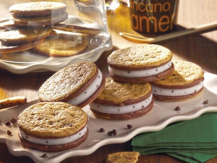 American Cookie snack