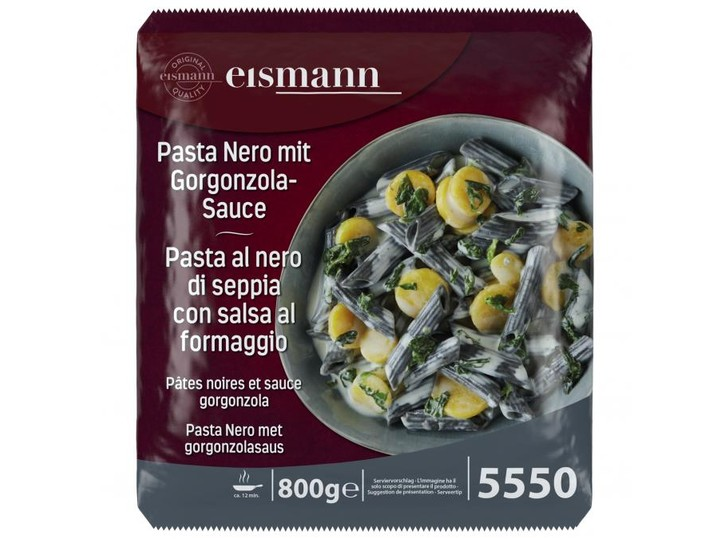 Zwarte pasta met gorgonzolasaus